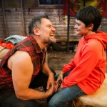Johnny bonds with son. (Brian Dykstra*, Calum John)